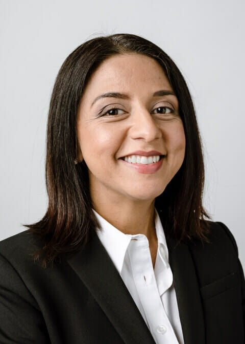 Veronica-Valenzuela-Attorney